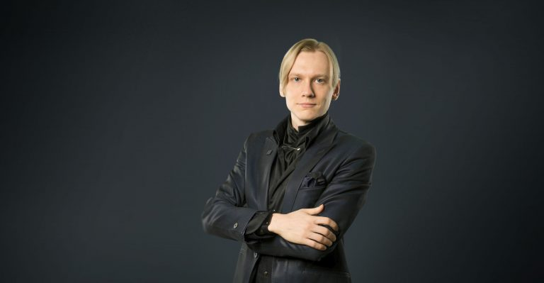 Teemu Arina starts doing new things out of curiosity
